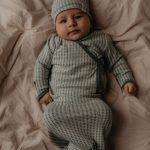 Snooze Baby New Born Cocon + Mutsje Smokey green